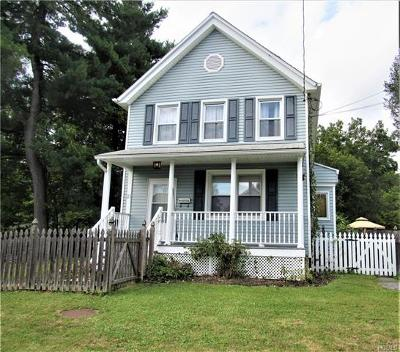 Middletown Single Family Home For Sale: 23 Oliver Avenue