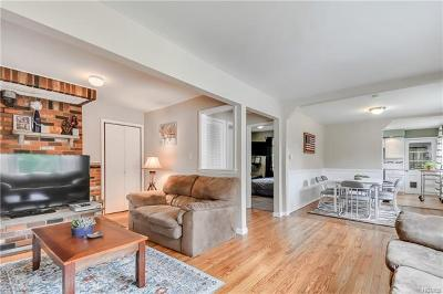 Monroe Single Family Home For Sale: 48 Orchard Lake Drive