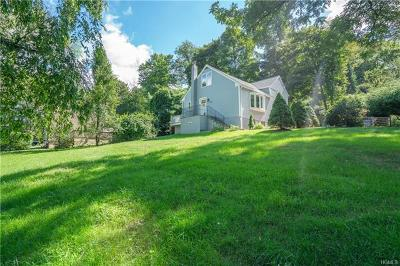 Westchester County Single Family Home For Sale: 39 Red Mill Road