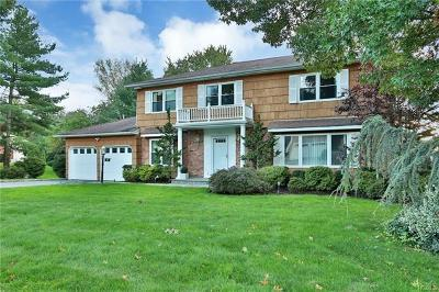 Scarsdale Single Family Home For Sale: 121 Country Ridge Road
