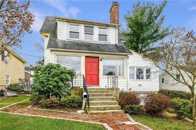 White Plains Single Family Home For Sale: 277 Chatterton Parkway
