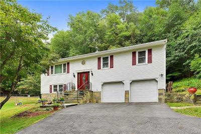 Westchester County Single Family Home For Sale: 214 Greenwich Road