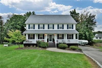 Monroe Single Family Home For Sale: 14 Seals Drive