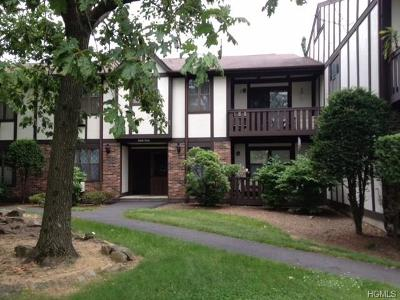 Valley Cottage Condo/Townhouse For Sale: 701 Sierra Vista Lane #701