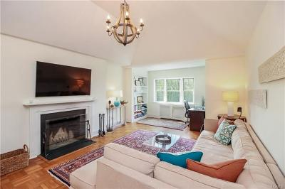 Scarsdale Co-Operative For Sale: 3 Chateaux Circle #3J