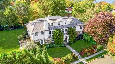 Pelham Single Family Home For Sale: 631 Esplanade