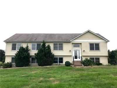Middletown Single Family Home For Sale: 32 Winters Lane