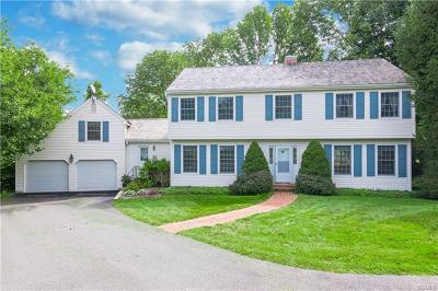Westchester County Single Family Home For Sale: 16 Hunt Farm Road