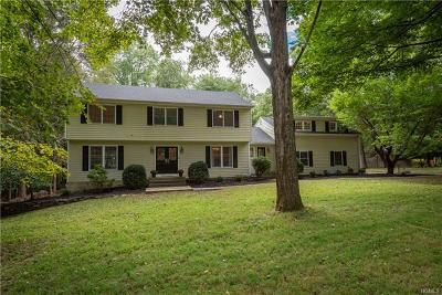 Armonk Single Family Home For Sale: 23 Woodcrest Drive