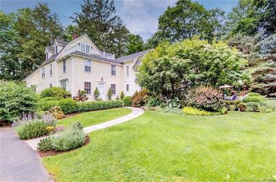 Connecticut Single Family Home For Sale: 708 Hunting Ridge Road