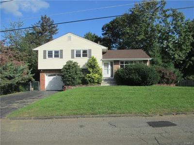 Stony Point Single Family Home For Sale: 6 Beech Drive