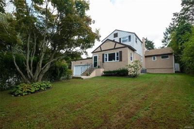 Westchester County Single Family Home For Sale: 51 Calam Avenue