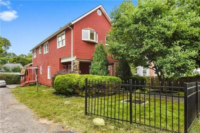 Port Chester Single Family Home For Sale: 80 Exchange Place