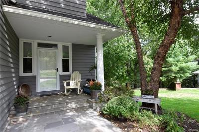 Irvington Single Family Home For Sale: 7 Richmond Hill