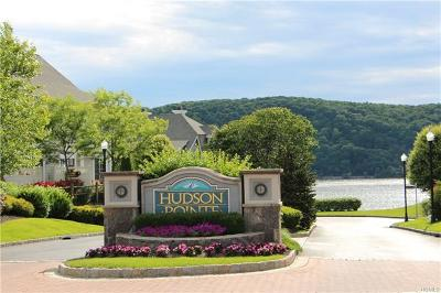 Poughkeepsie Condo/Townhouse For Sale: 140 Hudson Pointe Drive