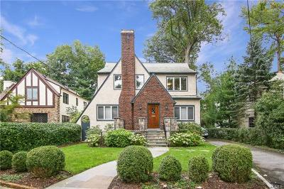 Larchmont Single Family Home For Sale: 15 Hall Avenue