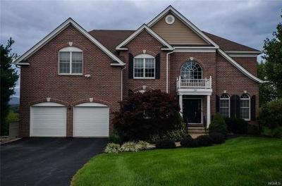 Poughkeepsie Single Family Home For Sale: 38 Susie Boulevard #5