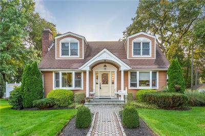 Hawthorne Single Family Home For Sale: 161 Willis Avenue