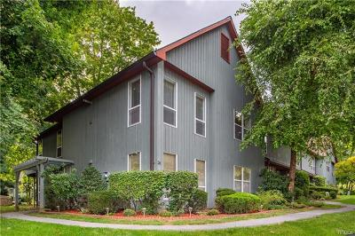 Peekskill Condo/Townhouse For Sale: 26 Bleakley Drive