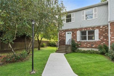Middletown Condo/Townhouse For Sale: 15 Estate Drive