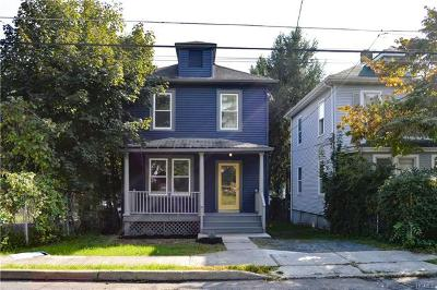 Newburgh Single Family Home For Sale: 87 Maple Street