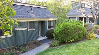 Somers Condo/Townhouse For Sale: 34 Heritage Hills #D