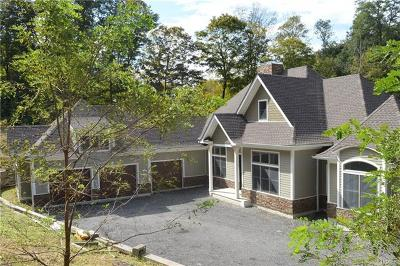 Putnam Valley Single Family Home For Sale: 383 Peekskill Hollow Road