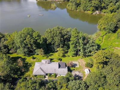 Larchmont Single Family Home For Sale: 709 Weaver Street