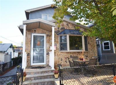 Co-Operative For Sale: 3 Daisy Place #RES