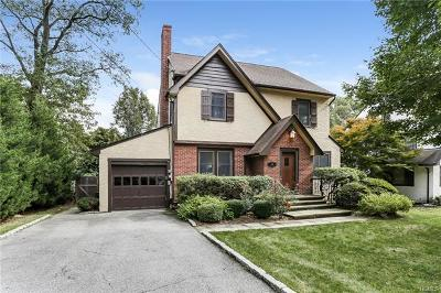 Westchester County Single Family Home For Sale: 121 Oak Drive