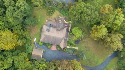 Westchester County Single Family Home For Sale: 16 Cortlandt Manor Road