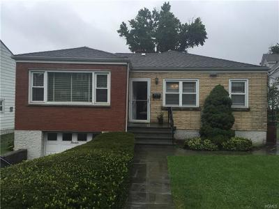 Yonkers Single Family Home For Sale: 13 Surrey Lane