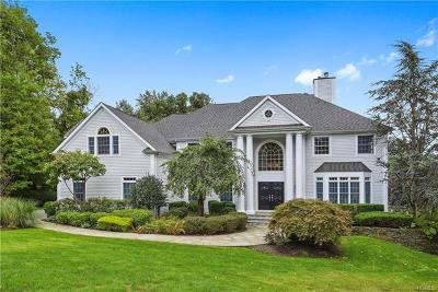 Chappaqua Single Family Home For Sale: 4 Pebblebrook Way