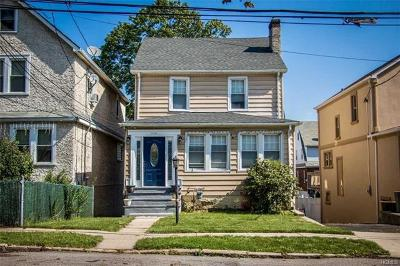 Yonkers Single Family Home For Sale: 61 Clark Street