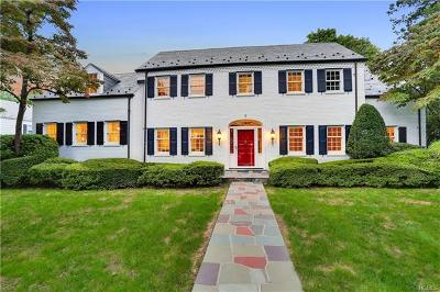 Larchmont Single Family Home For Sale: 3 Oakdale Road