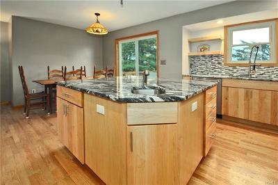Chester Single Family Home For Sale: 186 Greycourt Road
