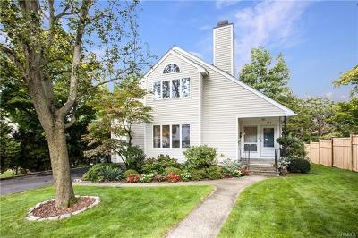 White Plains Single Family Home For Sale: 154 Trenton Avenue