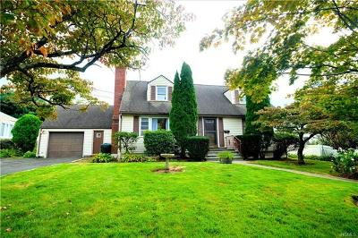 Port Chester Single Family Home For Sale: 24 Burdsall Drive