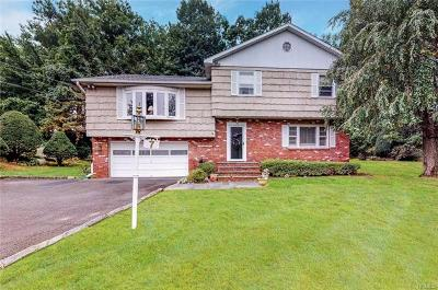 Bronxville Single Family Home For Sale: 7 Grissom Drive