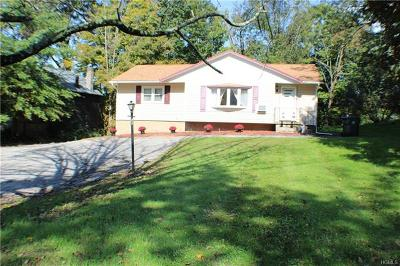 Chester Single Family Home For Sale: 12 Pine Hill Road