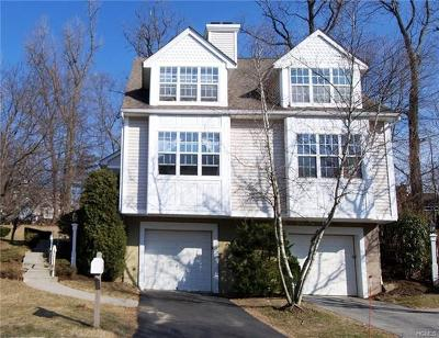 Yonkers Single Family Home For Sale: 14 Tall Tulip Lane