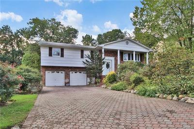 West Nyack Single Family Home For Sale: 3 Catawba Drive