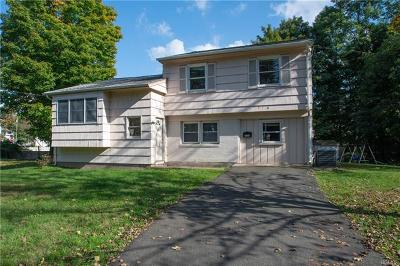 Rockland County Single Family Home For Sale: 1 Meadow Lane