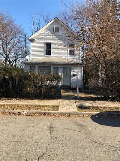 Rockland County Multi Family 2-4 For Sale: 326 Roosevelt Avenue