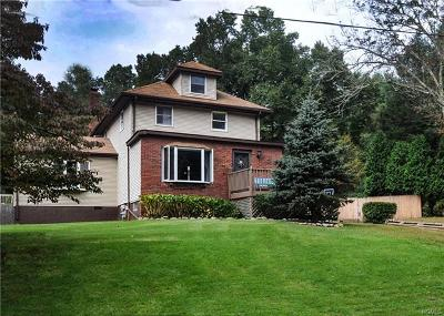 Rockland County Single Family Home For Sale: 493 South Pascack Road