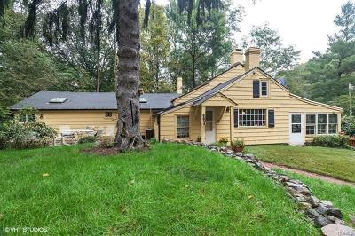 Single Family Home For Sale: 788 Haverstraw Road