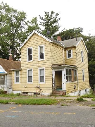 Newburgh Multi Family 2-4 For Sale: 259 Gidney Avenue