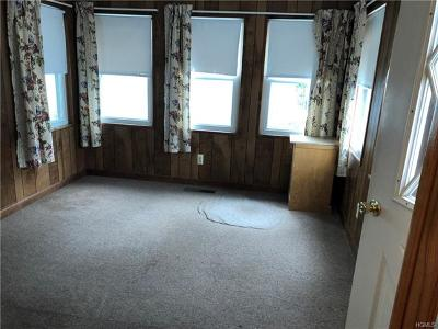 Middletown Single Family Home For Sale: 139 Rockwell Avenue
