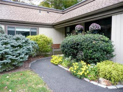 Somers Condo/Townhouse For Sale: 194c Heritage Hills Drive