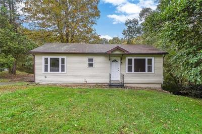 Monroe Single Family Home For Sale: 36 Hilltop Drive